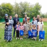 Тюменские единороссы оказали помощь многодетной семье Костоевых