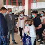Московские единороссы к 1 сентября подарили школьникам 34100 канцелярских принадлежностей