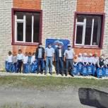 Школьные принадлежности от депутата Газимагомеда Магомедова вручили первоклассникам Ретлобской школы