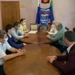 Депутаты республиканского парламента посетили город Южно-Сухокумск