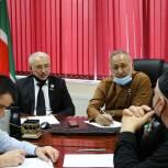 Депутаты Парламента ЧР работают с обращениями жителей в рамках недели приемов по вопросам здравоохранения