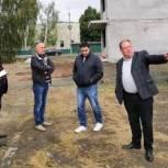 В Петровске контролируют строительство дома для детей-сирот