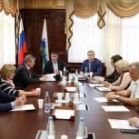 Депутаты-единороссы окружного парламента встретились с Бездудным