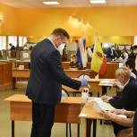 Жители региона выбирают депутатов законодательного собрания