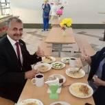 Владимир Шапкин проверил горячее питание в школах Балашихи