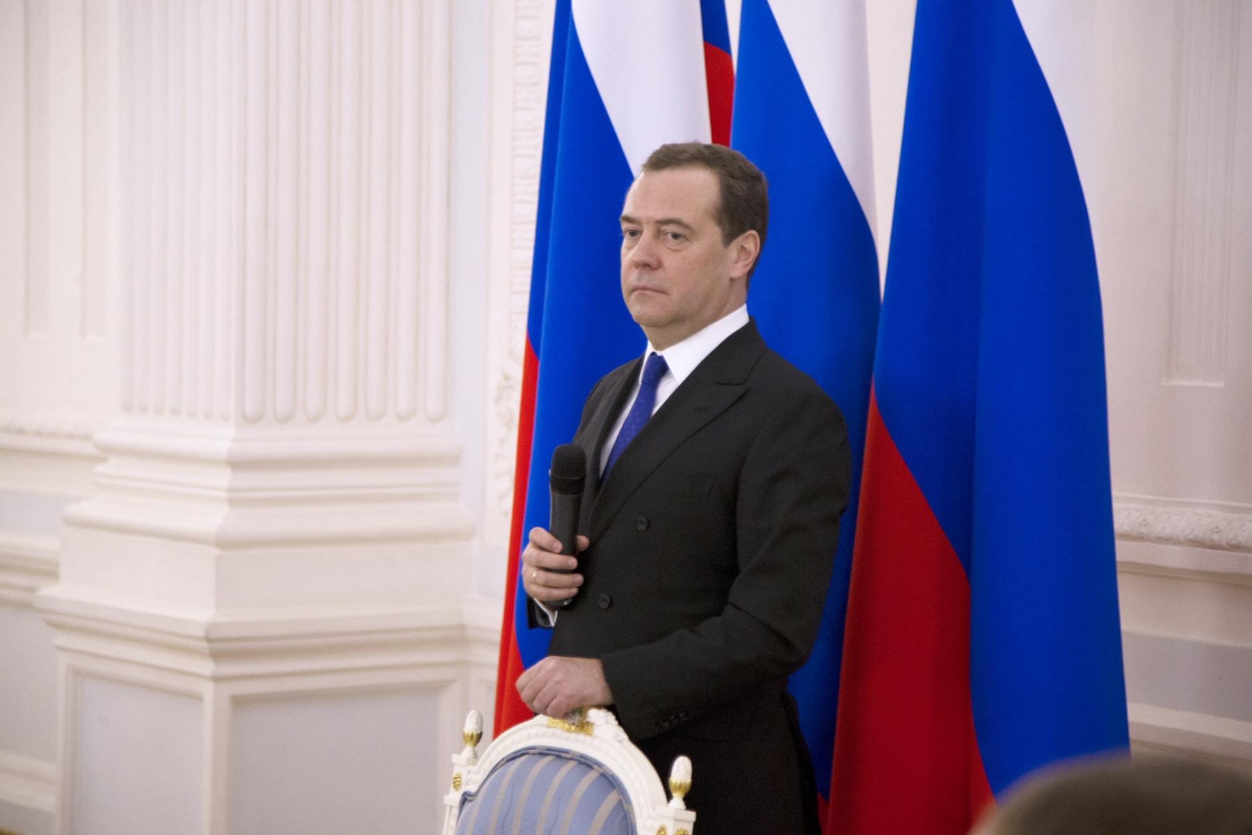 Дмитрий Медведев встретился с детьми-героями, волонтерами-спасателями, активистами МГЕР и представителями «Боевого братства»