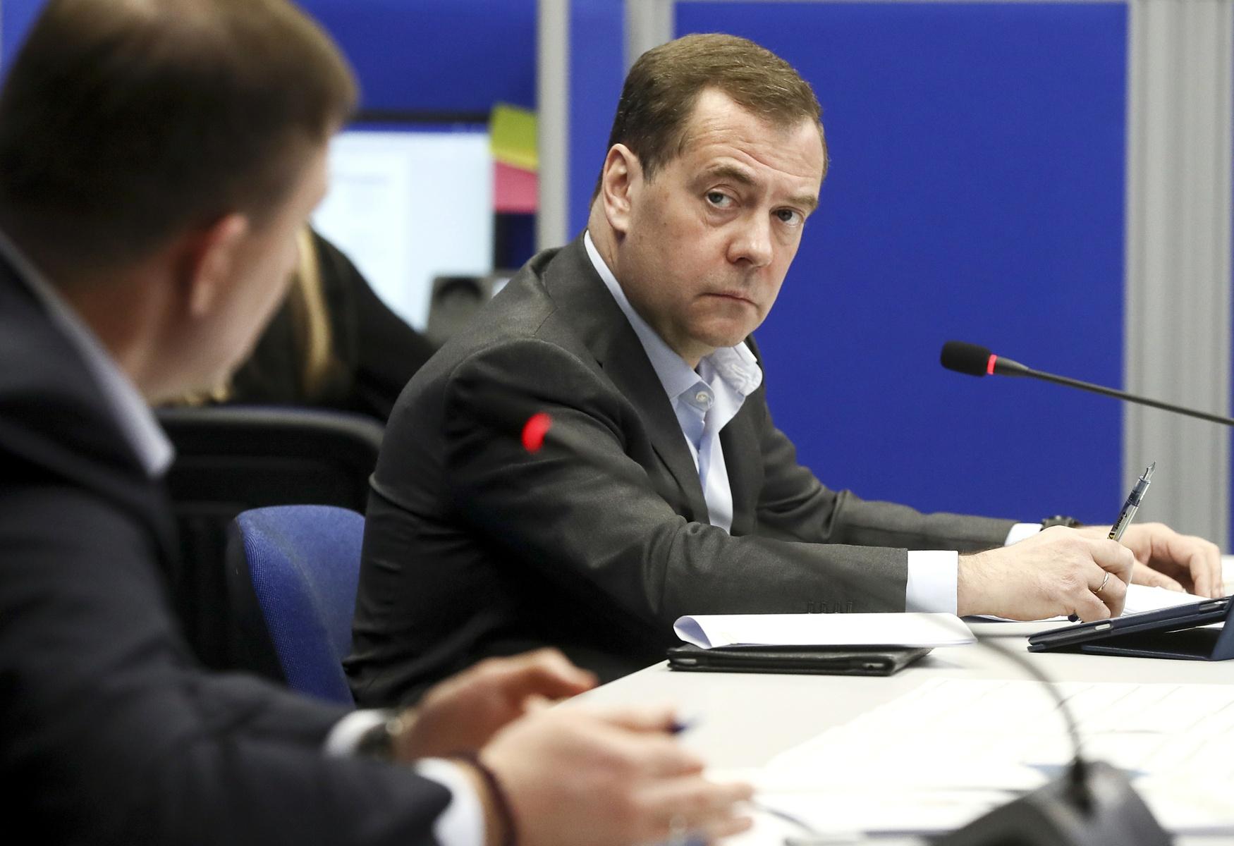 Дмитрий Медведев провел видеосовещание с представителями волонтерских центров «Единой России» по оказанию помощи гражданам в связи с пандемией коронавируса. Фото: Екатерина Штукина/РИА Новости