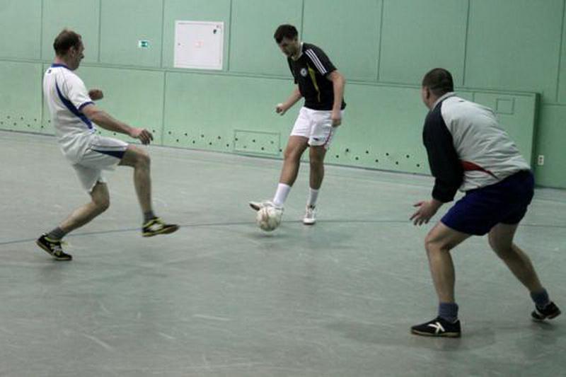 Партийный футбол в Сыктывкаре