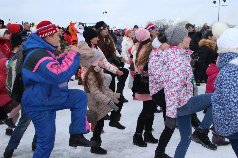 Молодогвардейцы организовали в Нижнем Тагиле современные проводы зимы (12.03.2016)
