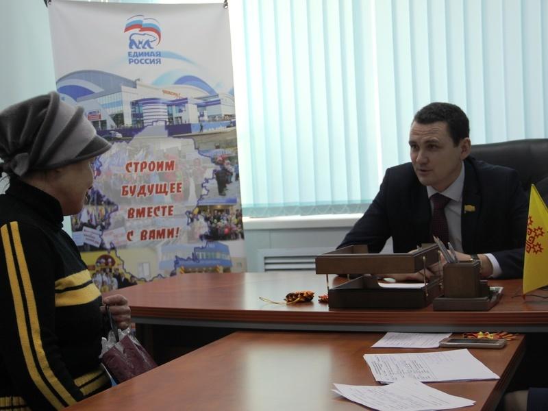 На приеме у депутата Госсовета Чувашии Сергея Павлова