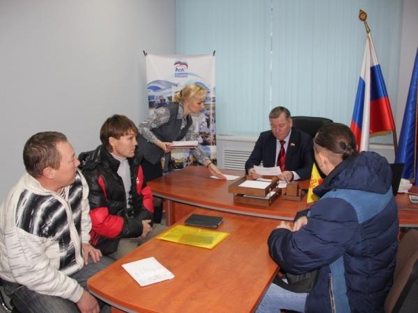 На приеме у Секретаря Регионального отделения Партии Николая Малова