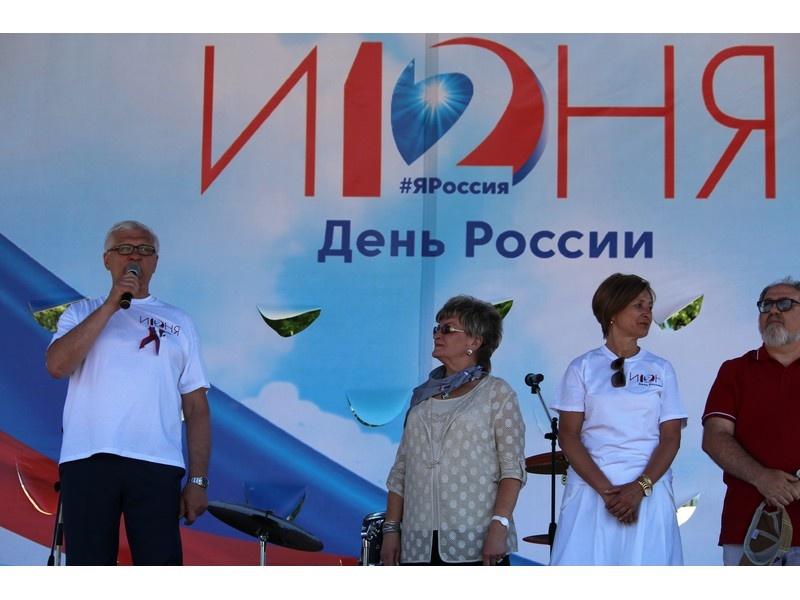 Партийцы Приангарья приняли участие в праздновании Дня России