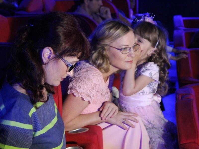 «Единая Россия» наградила лауреата областного конкурса «Моя приемная семья»