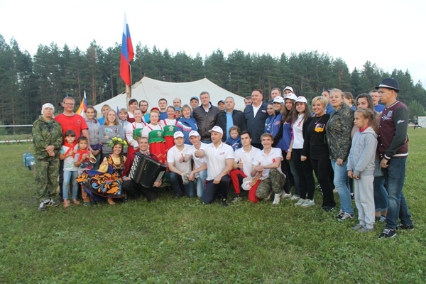 Кировские единороссы приняли участие в массовом мероприятии