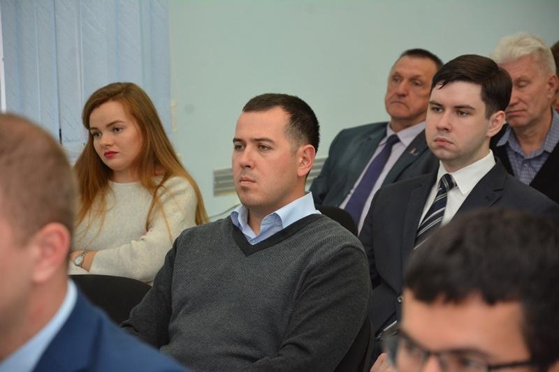 """Сторонники """"Единой России"""" в Хабаровском крае провели дискуссию по формированию федерального бюджета"""