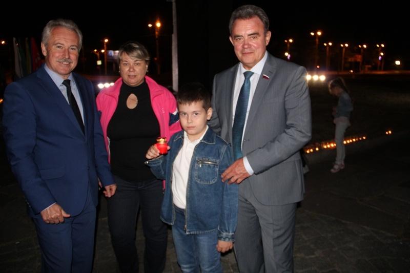 По инициативе «Единой России» в Пензе зажгли «Свечи Памяти»