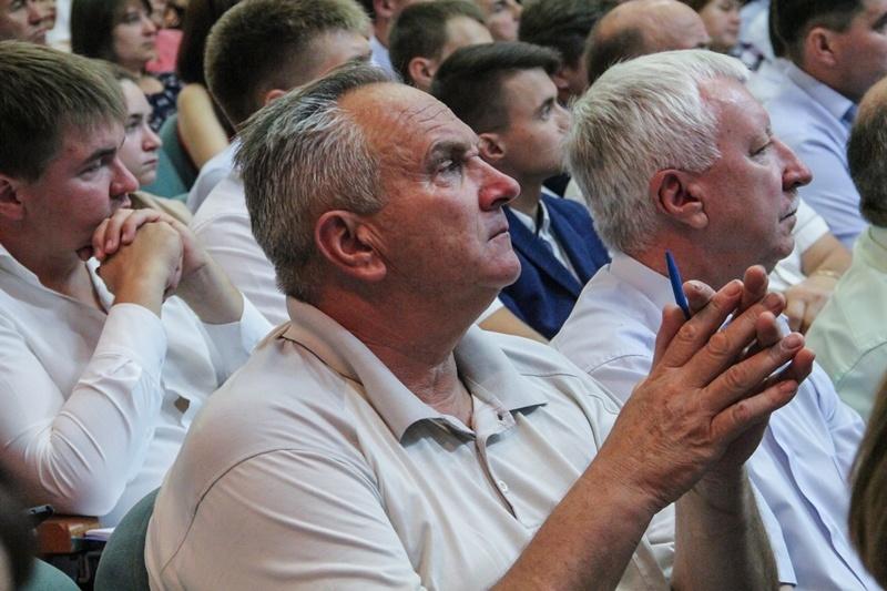 """Консультативная встреча актива региональной партийной школы """"Политический лидер Кубани"""""""