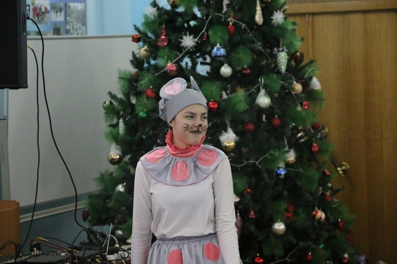 «Единая Россия» подарила новогоднюю сказку юным пациентам саратовской больницы