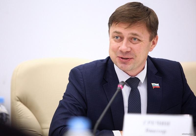 Фото пресс-службы Псковского областного Собрания депутатов