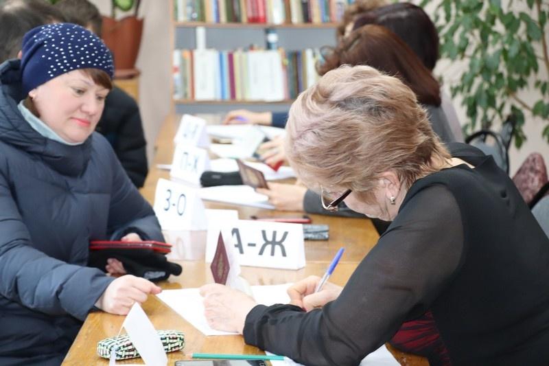 В Ленинском районе Саратова проходит предварительное голосование «Единой России»