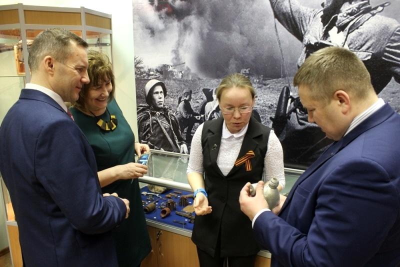 Экспонаты для музея поисковики Красного привозят с мест боев, где сражались земляки