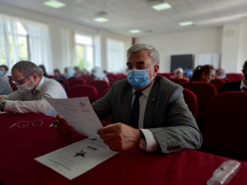 Секретари местных отделений партии «Единая Россия» приняли участие в акции «Диктант Победы»